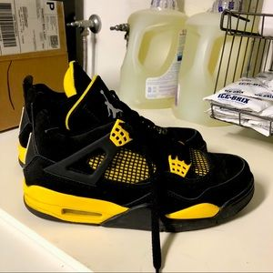 Jordan Thunder 4